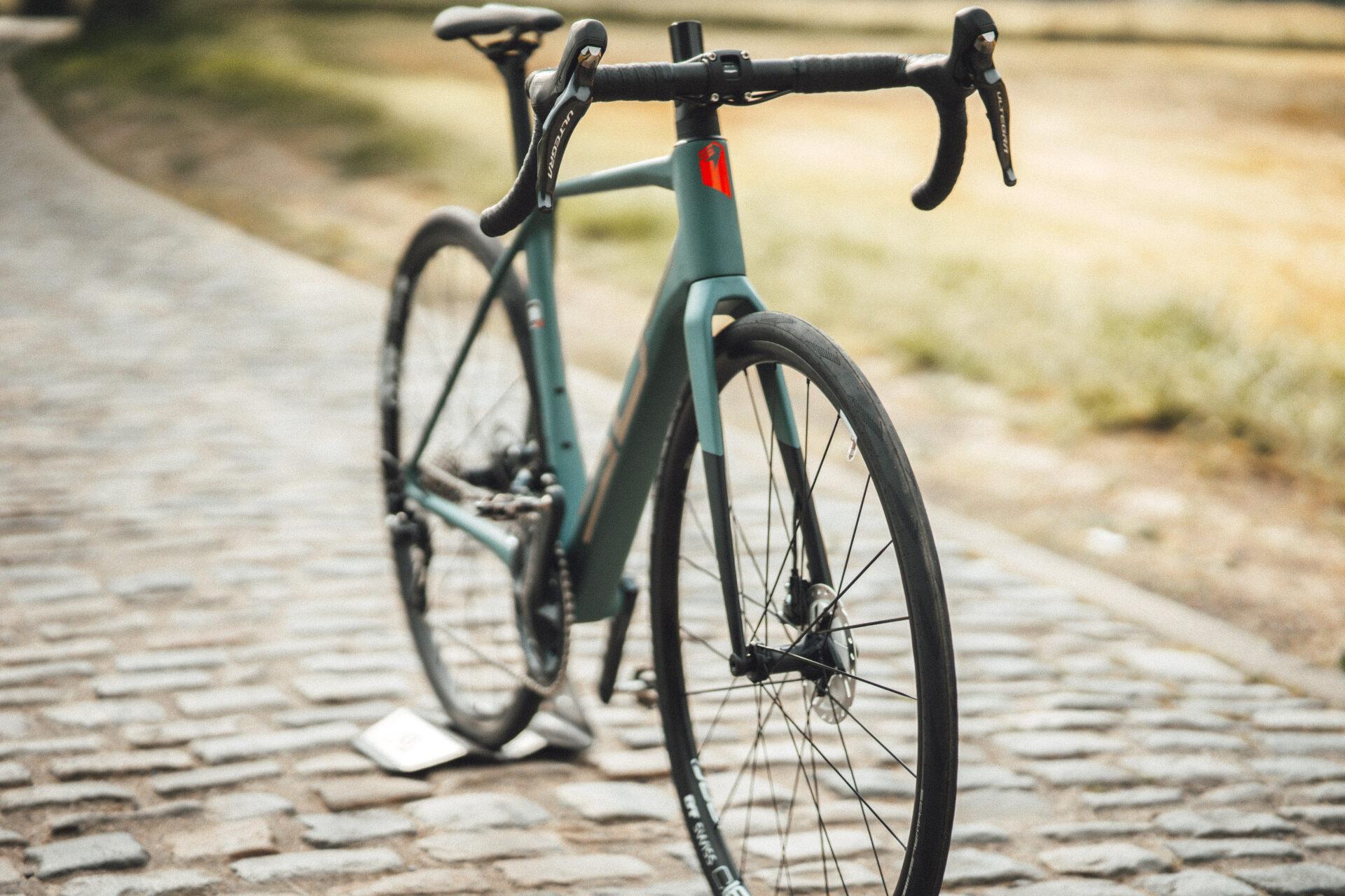Superior bikes X-road Team Issue Matte Trooper